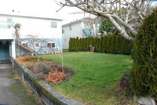 "Photo 16: 2822 E 54TH Avenue in Vancouver: Fraserview VE House for sale in ""FRASERVIEW"" (Vancouver East)  : MLS®# R2479728"