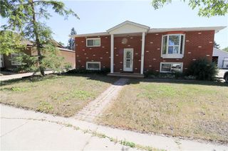 Photo 1: 18 St Martin Boulevard in Winnipeg: East Transcona Residential for sale (3M)  : MLS®# 202016709