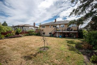 Photo 31: 1700 Sheridan Ave in : SE Mt Tolmie House for sale (Saanich East)  : MLS®# 853772