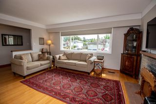 Photo 5: 1700 Sheridan Ave in : SE Mt Tolmie House for sale (Saanich East)  : MLS®# 853772