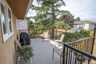 Photo 13: 1700 Sheridan Ave in : SE Mt Tolmie House for sale (Saanich East)  : MLS®# 853772