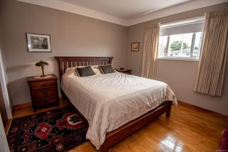Photo 16: 1700 Sheridan Ave in : SE Mt Tolmie House for sale (Saanich East)  : MLS®# 853772
