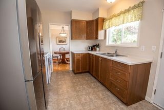 Photo 11: 1700 Sheridan Ave in : SE Mt Tolmie House for sale (Saanich East)  : MLS®# 853772