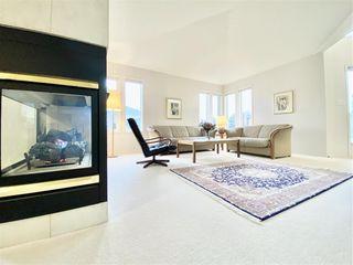 Main Photo: 621 CHERITON Crescent in Edmonton: Zone 14 House for sale : MLS®# E4220260