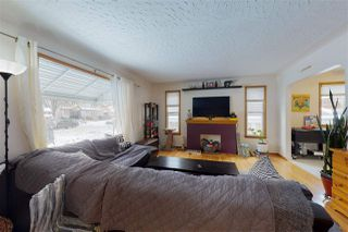 Photo 2: 9524 69 Avenue NW in Edmonton: Zone 17 House for sale : MLS®# E4222084