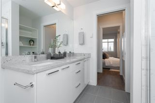"""Photo 4: 516 20686 EASTLEIGH Crescent in Langley: Langley City Condo for sale in """"The Georgia"""" : MLS®# R2526062"""