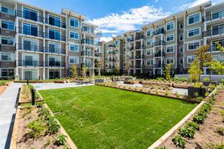 """Photo 2: 516 20686 EASTLEIGH Crescent in Langley: Langley City Condo for sale in """"The Georgia"""" : MLS®# R2526062"""