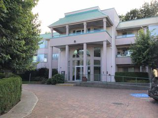 Main Photo: 210 33165 OLD YALE Road in Abbotsford: Central Abbotsford Condo for sale : MLS®# R2390115