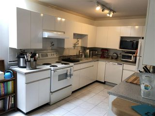 Photo 5: 101 825 W 15TH Avenue in Vancouver: Fairview VW Condo for sale (Vancouver West)  : MLS®# R2393622