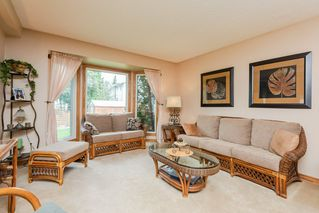 Photo 3: 9136 177 Street in Edmonton: Zone 20 House for sale : MLS®# E4168275