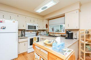 Photo 9: 9136 177 Street in Edmonton: Zone 20 House for sale : MLS®# E4168275