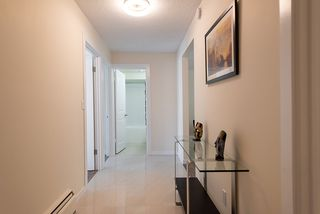 """Photo 6: 867 WESTVIEW Crescent in North Vancouver: Upper Lonsdale Condo for sale in """"CYPRESS GARDENS"""" : MLS®# R2395425"""