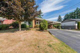 Main Photo: 33545 W Lynn Avenue in Abbotsford: Central Abbotsford House for sale : MLS®# R2397956