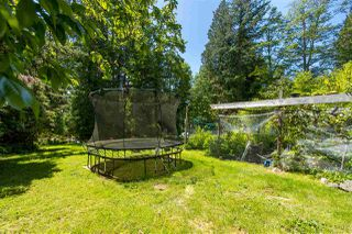 Photo 30: 102 LARSON Road in Gibsons: Gibsons & Area House for sale (Sunshine Coast)  : MLS®# R2456470