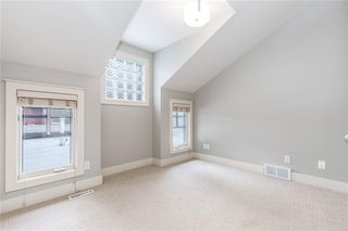 Photo 30: 2337 7 Avenue NW in Calgary: West Hillhurst Semi Detached for sale : MLS®# C4303358