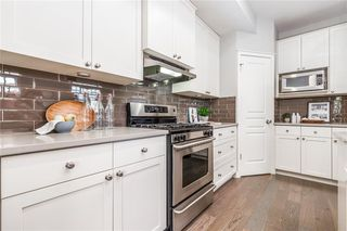 Photo 10: 2337 7 Avenue NW in Calgary: West Hillhurst Semi Detached for sale : MLS®# C4303358