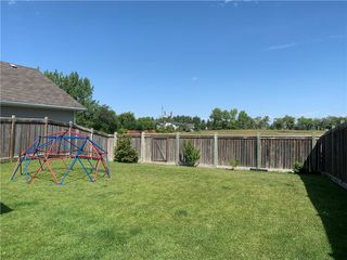 Photo 4: 33 Cobblestone Court in Niverville: Fifth Avenue Estates Residential for sale (R07)  : MLS®# 202020954