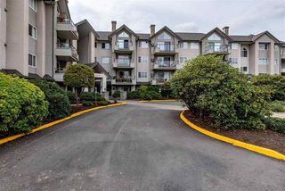 "Photo 3: 410 45520 KNIGHT Road in Chilliwack: Sardis West Vedder Rd Condo for sale in ""MORNINGSIDE"" (Sardis)  : MLS®# R2488394"