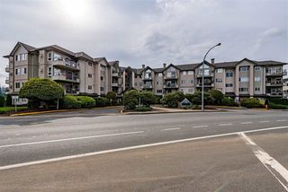 "Photo 30: 410 45520 KNIGHT Road in Chilliwack: Sardis West Vedder Rd Condo for sale in ""MORNINGSIDE"" (Sardis)  : MLS®# R2488394"