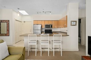 Photo 13: 519 870 Short St in : SE Quadra Condo for sale (Saanich East)  : MLS®# 857123