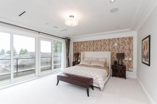 Photo 15: 7451 LAMBETH Drive in Burnaby: Buckingham Heights House for sale (Burnaby South)  : MLS®# R2389583