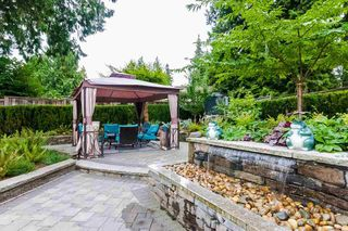 Photo 4: 7451 LAMBETH Drive in Burnaby: Buckingham Heights House for sale (Burnaby South)  : MLS®# R2389583