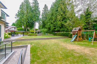 Photo 3: 7451 LAMBETH Drive in Burnaby: Buckingham Heights House for sale (Burnaby South)  : MLS®# R2389583