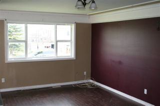 Photo 3: 19015 83 Avenue in Edmonton: Zone 20 House for sale : MLS®# E4173606