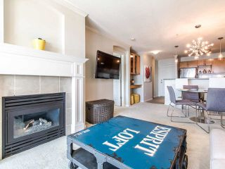 "Photo 1: 309 333 E 1ST Street in North Vancouver: Lower Lonsdale Condo for sale in ""Vista at Hammersley"" : MLS®# R2410791"