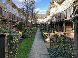 """Photo 4: 20 5388 201A Street in Langley: Langley City Townhouse for sale in """"The Courtyard"""" : MLS®# R2441511"""