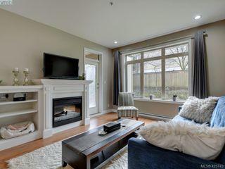Photo 3: 204 435 Festubert St in VICTORIA: Du West Duncan Condo Apartment for sale (Duncan)  : MLS®# 761752