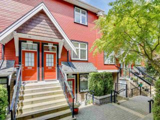Main Photo: 2276 ST. GEORGE Street in Vancouver: Mount Pleasant VE Townhouse for sale (Vancouver East)  : MLS®# R2477275