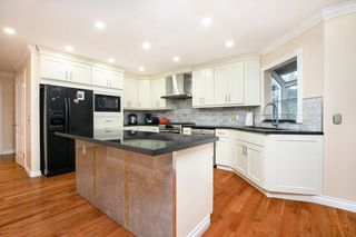 Photo 3: 2918 VALLEYVISTA Drive in Coquitlam: Westwood Plateau House for sale : MLS®# R2516012