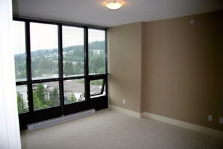 """Photo 5: 1106 2959 GLEN Drive in Coquitlam: North Coquitlam Condo for sale in """"THE PARC"""" : MLS®# R2520977"""