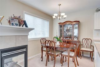 Photo 10: 164 SIMCOE Place SW in Calgary: Signal Hill Row/Townhouse for sale : MLS®# C4271503