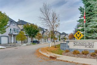 Photo 26: 164 SIMCOE Place SW in Calgary: Signal Hill Row/Townhouse for sale : MLS®# C4271503