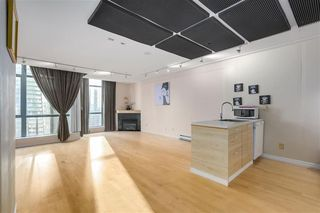 "Photo 2: 3309 1239 W GEORGIA Street in Vancouver: Coal Harbour Condo for sale in ""VENUS"" (Vancouver West)  : MLS®# R2412531"