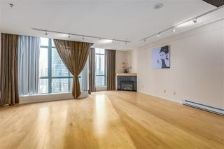 "Photo 3: 3309 1239 W GEORGIA Street in Vancouver: Coal Harbour Condo for sale in ""VENUS"" (Vancouver West)  : MLS®# R2412531"