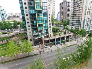 """Photo 8: 710 1333 W GEORGIA Street in Vancouver: Coal Harbour Condo for sale in """"THE QUBE"""" (Vancouver West)  : MLS®# R2420548"""