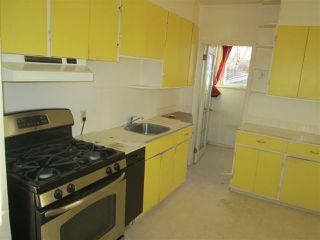 Photo 3: 11945 69 Street in Edmonton: Zone 06 House for sale : MLS®# E4183147