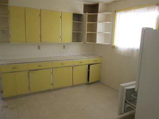 Photo 2: 11945 69 Street in Edmonton: Zone 06 House for sale : MLS®# E4183147