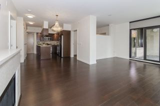 """Photo 5: 106 683 W VICTORIA Park in North Vancouver: Lower Lonsdale Condo for sale in """"Mira on the Park"""" : MLS®# R2428479"""