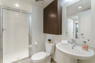 """Photo 16: 106 683 W VICTORIA Park in North Vancouver: Lower Lonsdale Condo for sale in """"Mira on the Park"""" : MLS®# R2428479"""