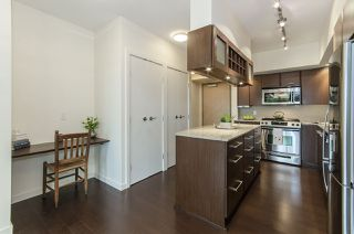 """Photo 3: 106 683 W VICTORIA Park in North Vancouver: Lower Lonsdale Condo for sale in """"Mira on the Park"""" : MLS®# R2428479"""