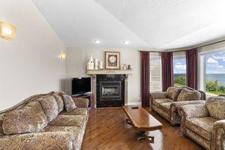Photo 2: 613 Lakeshore Drive: Cold Lake House for sale : MLS®# E4184979
