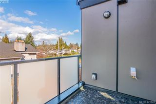 Photo 16: 103 2130 Sooke Road in VICTORIA: Co Hatley Park Row/Townhouse for sale (Colwood)  : MLS®# 421821