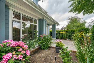 Photo 6: 10 4887 CENTRAL Avenue in Delta: Hawthorne Townhouse for sale (Ladner)  : MLS®# R2470808