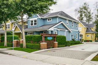 Photo 2: 10 4887 CENTRAL Avenue in Delta: Hawthorne Townhouse for sale (Ladner)  : MLS®# R2470808