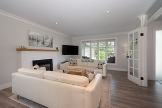 Photo 5: 5461 SUMMER Way in Delta: Pebble Hill House for sale (Tsawwassen)  : MLS®# R2474775