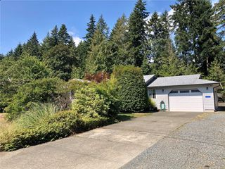 Main Photo: 2525 Falcon Crest Dr in : CV Courtenay West Single Family Detached for sale (Comox Valley)  : MLS®# 852005